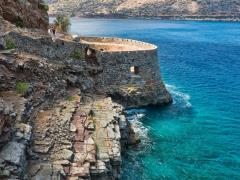 47_Bastion-of-an-ancient-Byzantian-citadel-on-the-Grecian-island